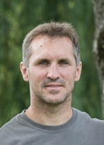 Claus Trska-150x210